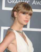 Taylor Swift - Los Angeles - 10-02-2013 - Annual Country Music Awards: Taylor Swift ancora in lizza