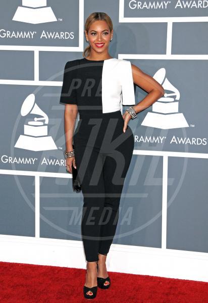 Beyonce Knowles - Los Angeles - 10-02-2013 - Sul red carpet, l'optical è… l'optimum!