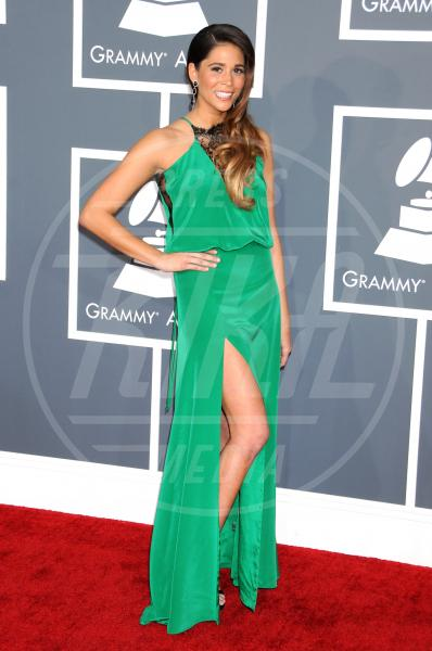 Ali Tamposi - Los Angeles - 10-02-2013 - Grammy Awards 2013: il red carpet si fa sexy