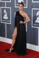 Jennifer Lopez - Los Angeles - 10-02-2013 - Ha quasi 50 anni ma sul red carpet la più sexy è sempre lei