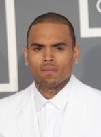 Chris Brown - Los Angeles - 10-02-2013 - Chris Brown rischia di dover tornare ai servizi sociali