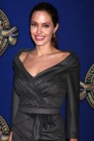 Angelina Jolie - Los Angeles - 10-02-2013 - Angelina Jolie tornerà sul red carpet per World War Z