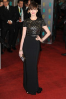 Anne Hathaway - Londra - 10-02-2013 - Anne Hathaway, una diva dal fascino… Interstellare!