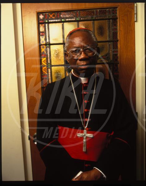 Francis Arinze - New Jersey - 01-07-2001 - Sarà vero? Dopo Benedetto XVI un Papa nero?