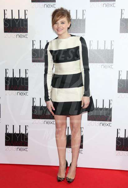 Chloe Grace Moretz - Londra - 11-02-2013 - Sul red carpet, l'optical è… l'optimum!