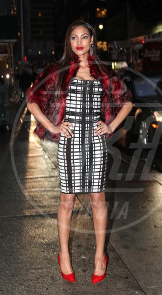 Ariel Meredith - New York - 11-02-2013 - Sul red carpet, l'optical è… l'optimum!