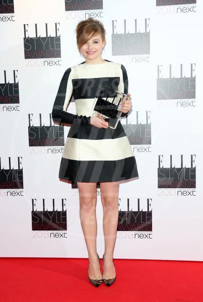 Chloe Grace Moretz - Londra - 12-02-2013 - Il ritorno dell'abito dalla linea a trapezio
