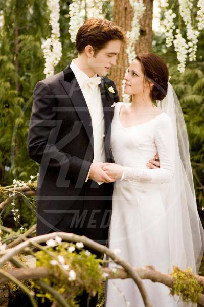 Robert Pattinson, Kristen Stewart - Los Angeles - 28-11-2011 - Il Principe William e Kate Middleton, la coppia che ispira di più