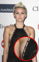 "Miley Cyrus - Beverly Hills - 09-02-2013 - Miley Cyrus al party Grammy: ""Qualcosa mi sfugge"""