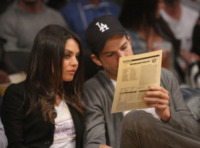 Mila Kunis, Ashton Kutcher - Los Angeles - 12-02-2013 - Nozze a Stonehenge per Kutcher-Kunis, Demi Moore permettendo
