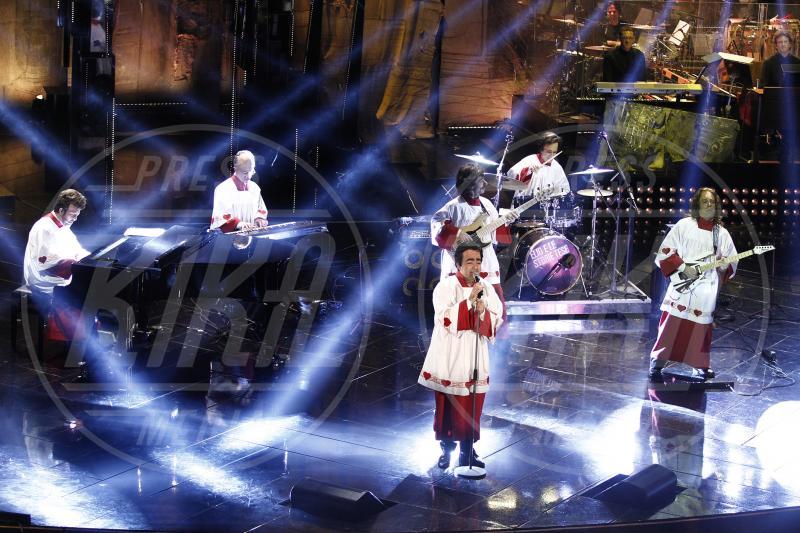 Elio e le Storie tese, Elio - Sanremo - 14-02-2013 - Chiesa e show biz, un rapporto di amore e odio