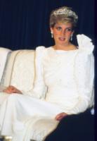 Lady Diana - 13-04-2010 - Kate Middleton alla cena di stato con la tiara di Lady Diana