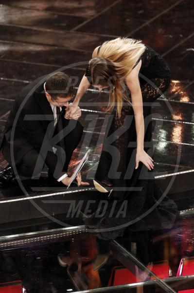 Fabio Fazio, Bianca Balti - Sanremo - 17-02-2013 - Attenti al gradino e non solo: i passi falsi delle star