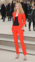 Rosie Huntington-Whiteley - Londra - 18-02-2013 - Living Coral, è questo il colore del 2019!