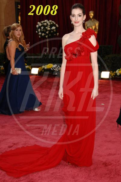 Anne Hathaway - Hollywood - 24-02-2008 - L'Oscar dell'eleganza 2008-2012: cinque anni di best dressed