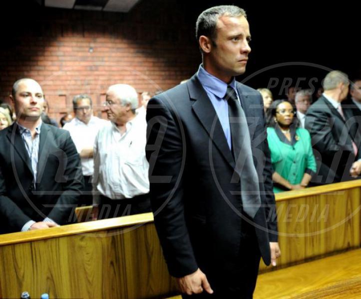 Reeva Steenkamp, Oscar Pistorius - Pretoria - 20-02-2013 - Oscar Pistorius di nuovo nei guai: rissa in discoteca