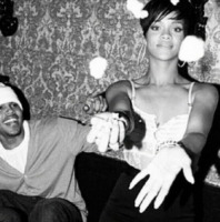 Chris Brown, Rihanna - Milano - 20-02-2013 - Rihanna e Chris Brown, la faida sui social network continua