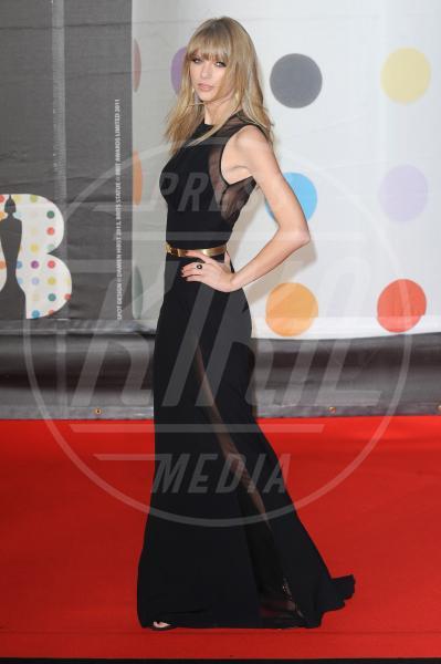 Taylor Swift - Londra - 20-02-2013 - Emma Watson: ieri streghetta, oggi sex symbol