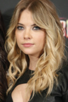 Ashley Benson - Madrid - 21-02-2013 - Matrimonio in vista per Cara Delevingne!