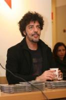 Max Gazzè - Napoli - 23-02-2013 - Johnny, Ozzy, Steven… non perdono lo smalto!