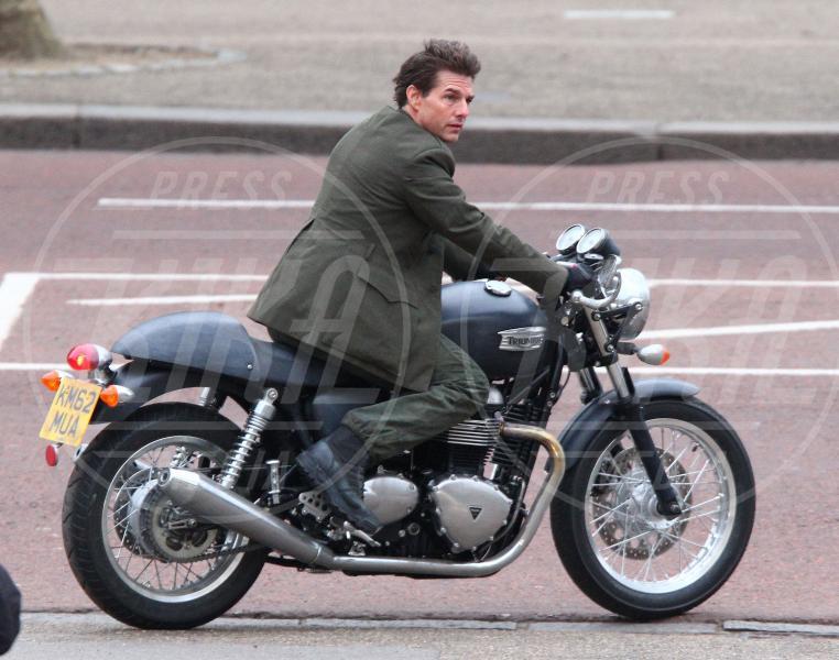Tom Cruise - Londra - 24-02-2013 - Primavera, tempo di sole, caldo e motociclette