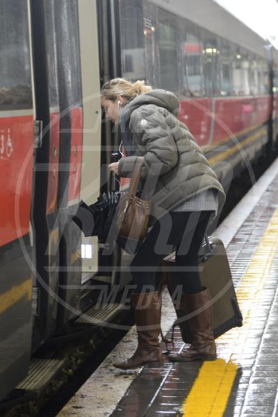 Beatrice Borromeo - Roma - 23-02-2013 - La primavera non arriva. E tu, di che ombrello sei?