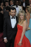 Justin Theroux, Jennifer Aniston - Hollywood - 25-02-2013 - Justin Theroux nel pilot di Rapture, diretto da Damon Lindelof