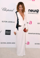 Nicole Richie - Los Angeles - 26-02-2013 - Bianco e nero: un classico sul tappeto rosso!