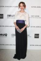 Katie Aselton - Los Angeles - 26-02-2013 - Camicia bianca e gonna nera: un look… evergreen!
