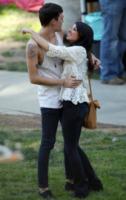 Josh Beech, Shenae Grimes - Los Angeles - 27-02-2013 - Shenae Grimes e Josh Beech si sono sposati