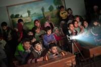 Campo profughi - IDLIB - 12-02-2013 - Siria: i bambini del campo profughi di Atma