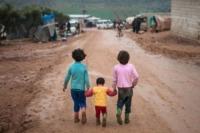 Campo profughi - IDLIB - 09-02-2013 - Siria: i bambini del campo profughi di Atma