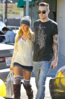 Christopher French, Ashley Tisdale - Los Angeles - 01-03-2013 - Ashley Tisdale e Christopher French si sono sposati