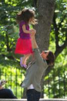 Suri Cruise, Tom Cruise - New York - 07-09-2010 - Il cuore di un padre è un capolavoro della natura