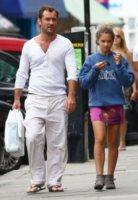 Iris Law, Jude Law - Londra - 13-08-2012 - Il cuore di un padre è un capolavoro della natura