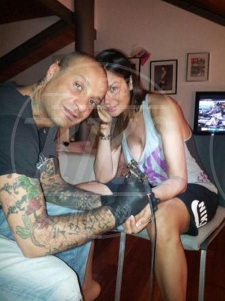 Andrea Costa, Nicole Minetti - Milano - 04-03-2013 - Dillo con un tweet: un nuovo tatuaggio per Nicole Minetti