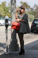 Sophia Bush - Los Angeles - 05-03-2013 - Chi di macchina fotografica ferisce…
