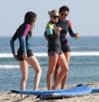 Ali Lohan, Lindsay Lohan - Malibu - 19-08-2011 - Il mondo è bello vicino a mio fratello