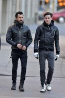 Sebastian Theroux, Justin Theroux - New York - 05-03-2013 - Il mondo è bello vicino a mio fratello
