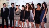 Robert Kardashian, Kris Kardashian, Khloe Kardashian, Kourtney Kardashian, Kim Kardashian - Las Vegas - 16-12-2011 - Il mondo è bello vicino a mio fratello
