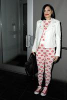 Jessie J - New York - 28-02-2013 - Giù dai tacchi: le Star preferiscono le All Star!