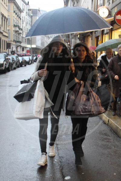 Carolina Cassano - Milano - 09-03-2013 - La primavera non arriva. E tu, di che ombrello sei?