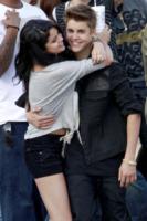 Selena Gomez, Justin Bieber - Los Angeles - 21-04-2012 - Justin Bieber chiude Instagram per amore di Sofia Richie
