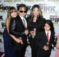 La Toya Jackson, Prince Michael Jackson II, Prince Michael Jackson, Paris Jackson - Los Angeles - 11-10-2012 - Quattro anni fa moriva Michael Jackson