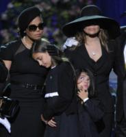 La Toya Jackson, Prince Michael Jackson II, Paris Jackson - Los Angeles - 07-07-2009 - Paris Jackson story: è sbocciato un fiore