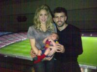 """Gerard Piqué, Shakira - Barcellona - 13-03-2013 - Shakira in forma """"decente"""" dopo il parto di Milan"""