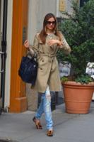 Miranda Kerr - New York - 05-12-2012 - Sienna e le altre: comode e selvagge con le flat animalier