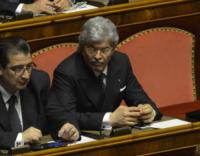 Antonio Razzi - 15-03-2013 - Isola dei Famosi 10: ecco i naufraghi di Marcuzzi e Signorini
