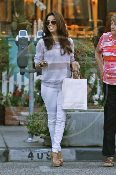 Eva Longoria - Los Angeles - 15-03-2013 - Il must dell'estate? I pantaloni bianchi
