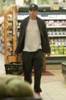 Chris Pine - Los Angeles - 18-03-2013 - Star come noi: pieno di verdura per Chris Pine